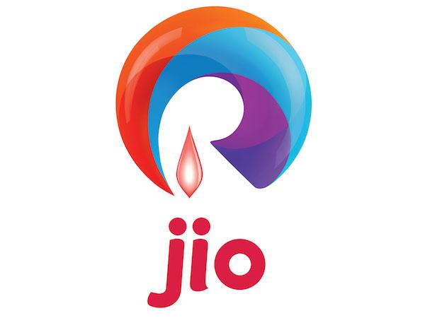 Jio sees soaring losses as revenue plummets