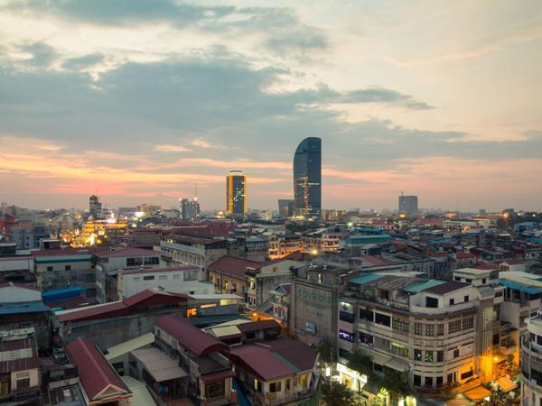 Cambodia sees 4G coverage expand while speeds stagnate