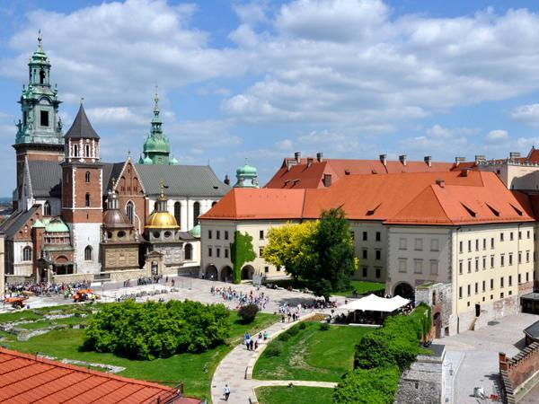 Netia and Nokia deploying vDDA cable network in Poland